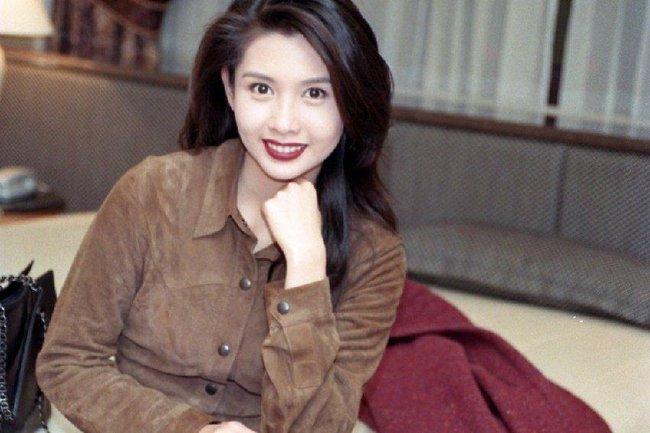 Nhan sắc của những mỹ nhân TVB thập niên 90: Chẳng cần photoshop vẫn đẹp đến nao lòng - Ảnh 6.
