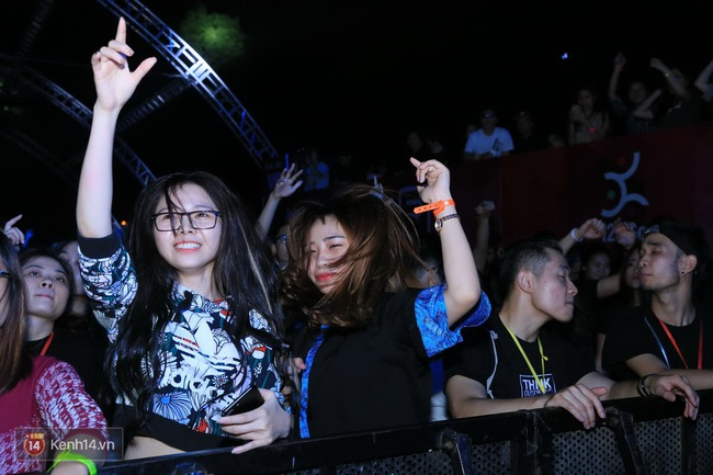 Khán giả Hà Nội vỡ oà trong bữa tiệc Future House cùng DJ Top 15 thế giới Don Diablo - Ảnh 7.