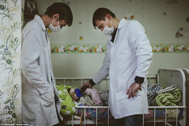 Không chỉ riêng Syria, vấn nạn suy dinh dưỡng cũng đang xảy ra ngay tại một quốc gia châu Âu - Ảnh 8.