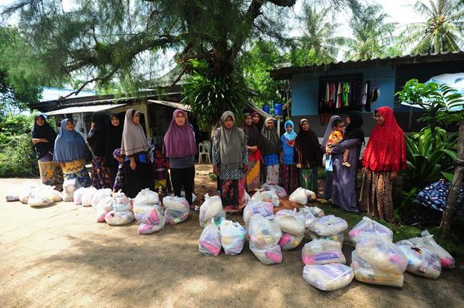 Thái Lan lụt do mưa trái mùa, 25 người thiệt mạng - Ảnh 9.