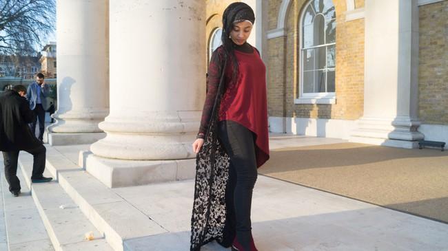 Nếu bạn thắc mắc phụ nữ Hồi giáo mặc gì đi dự Fashion Week, thì đây là giải đáp cho bạn - Ảnh 12.