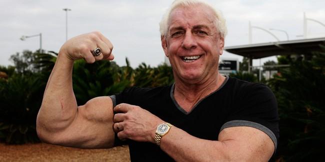 Há hốc mồm chứng kiến cảnh cụ ông 67 tuổi nâng tạ 180 kg - Ảnh 3.