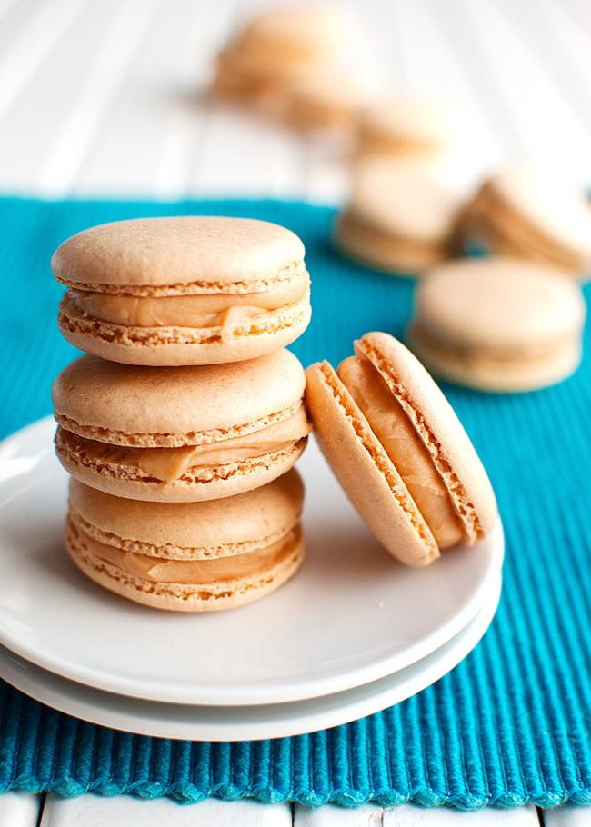 Công thức macaron caramel với 1 hộp sữa đặc, bạn đã thử chưa? - Ảnh 11.