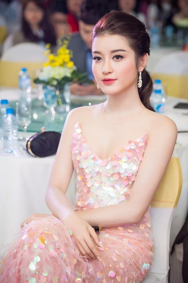Á hậu Huyền My, Mai Ngô, Phí Phương Anh... Mỹ nhân ngư nào diện đầm sequin đẹp nhất? - Ảnh 1.