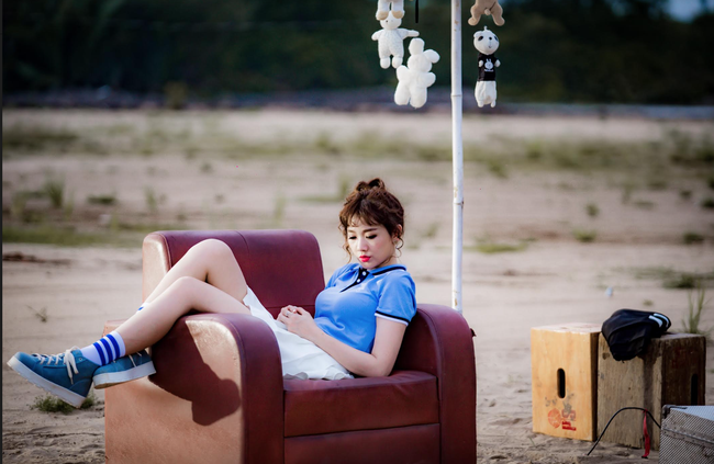 Nhãn thời trang Việt trong MV của Hari Won đang khiến giới trẻ phát sốt - Ảnh 1.