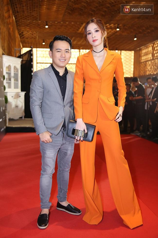 Thảm đỏ VIFW ngày cuối: Phạm Hương và Tóc Tiên cùng chọn style chất quằn quại, Hoa hậu Thu Thảo chưa bao giờ chói đến thế - Ảnh 5.
