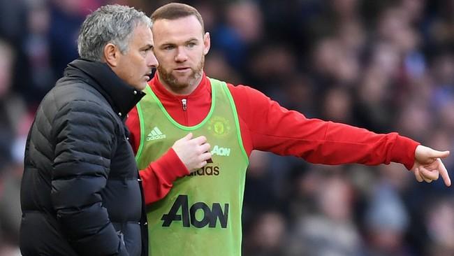 Mourinho là người kế thừa hoàn hảo Sir Alex Ferguson - Ảnh 1.