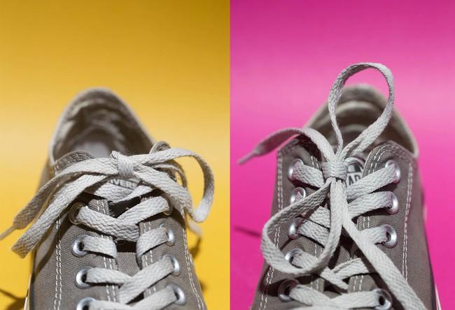 Vậy ra đây là lý do vì sao dây giày của bạn cứ mãi tuột dù đã buộc thật chặt - Ảnh 1.
