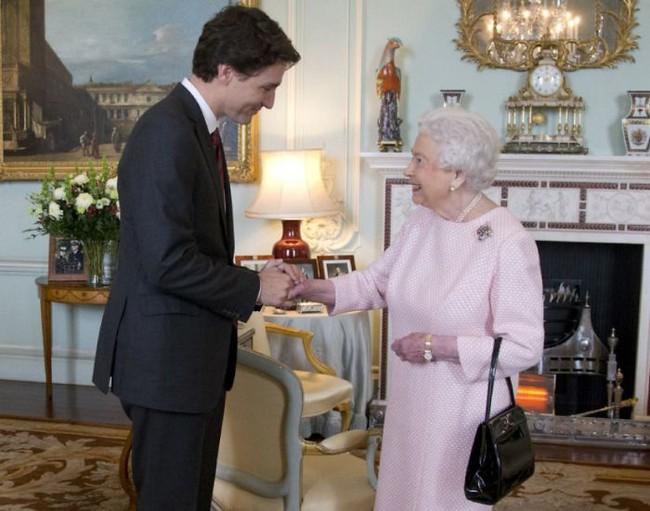 Vẻ ngoài điển trai của Thủ tướng Canada khiến cả Emma Watson, Ivanka Trump hay Công nương Kate cũng phải ngắm nhìn - ảnh 6