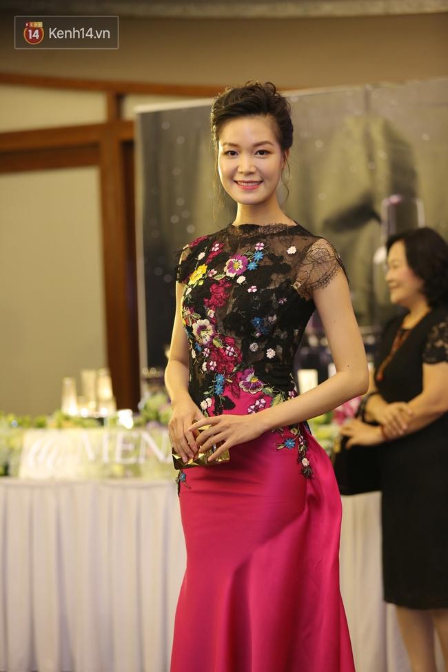 Hoa hậu Mỹ Linh đẹp dịu dàng, Tú Anh dừ bất ngờ, Mai Phương Thúy tái xuất trên thảm đỏ show Hoàng Hải - Ảnh 5.