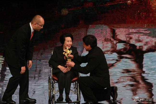 Nữ diễn viên Võ Tắc Thiên đầu tiên của lịch sử điện ảnh Hoa ngữ qua đời - Ảnh 8.