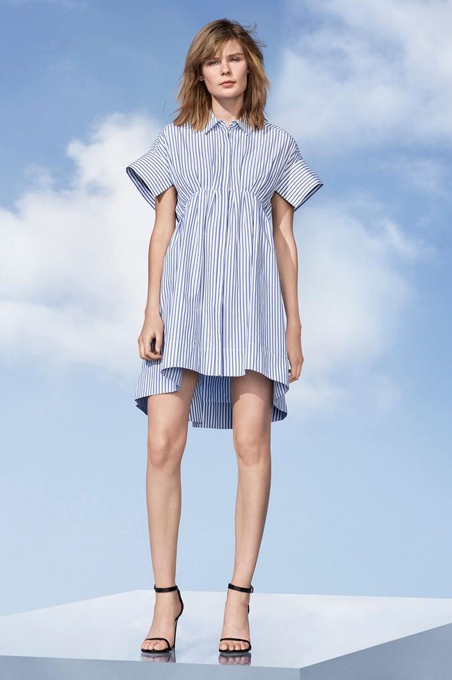 Lần đầu tiên trong đời, Victoria Beckham ra đường chỉ với một trang phục giá hơn 1 triệu đồng! - Ảnh 4.