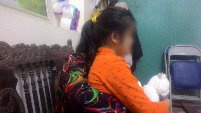 Bé gái 12 tuổi nghi bị người đàn ông thuê trọ gần nhà xâm hại tình dục - Ảnh 2.