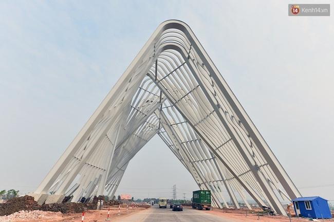 Clip: Cổng chào hoành tráng gần 200 tỷ đồng của tỉnh Quảng Ninh nhìn từ trên cao - Ảnh 10.