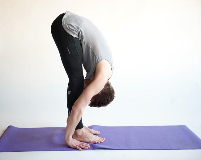 4 bài tập yoga giúp nấm lùn tăng từ 3 - 4cm ngay cả sau dậy thì - Ảnh 4.