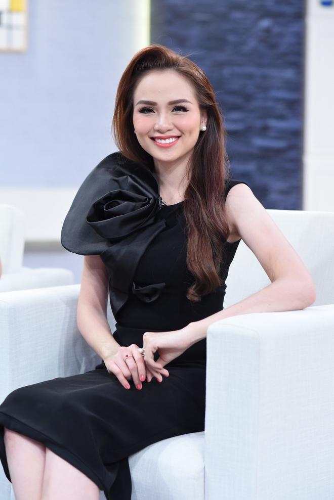Hoa hậu Diễm Hương khiến chồng cảm thấy nhiều lúc như... bị khùng - Ảnh 5.