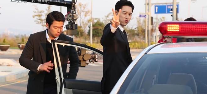 Chỉ với một tấm hình, Park Hae Jin thách thức cả hậu trường Man to Man - Ảnh 1.