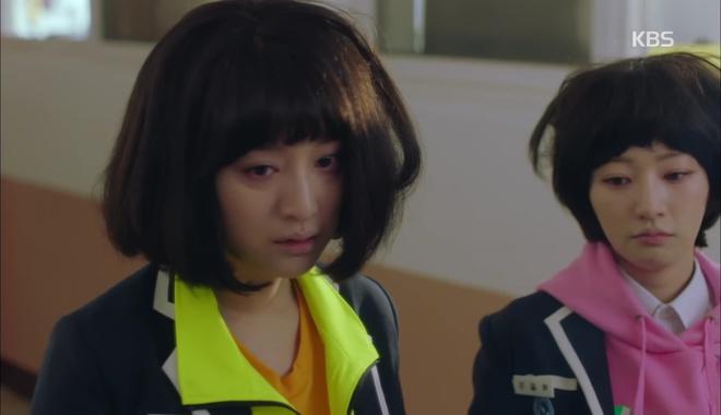 Không ai nghĩ Kim Ji Won cũng để được tóc Bok Joo xinh thế này! - Ảnh 3.