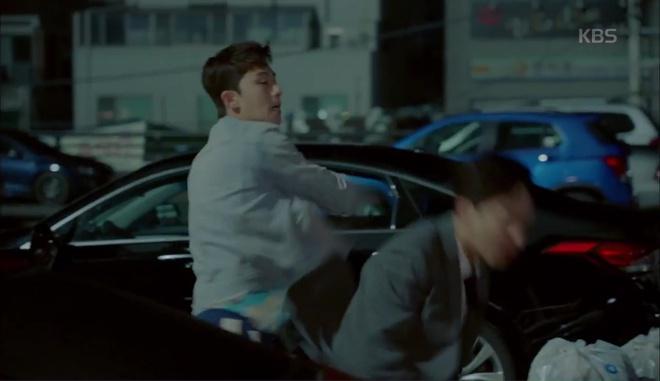 Park Seo Joon ôm chặt Kim Ji Won, mếu máo xin chơi chung - Ảnh 7.