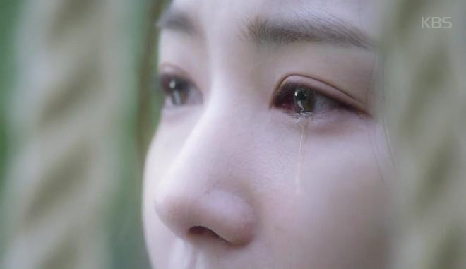 Đẹp rụng rời là thế, Park Min Young cũng có ngày khóc bệch mặt! - Ảnh 4.