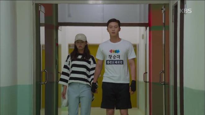 HOT: Náo loạn trước cảnh giường chiếu của Park Seo Joon và Kim Ji Won! - Ảnh 10.