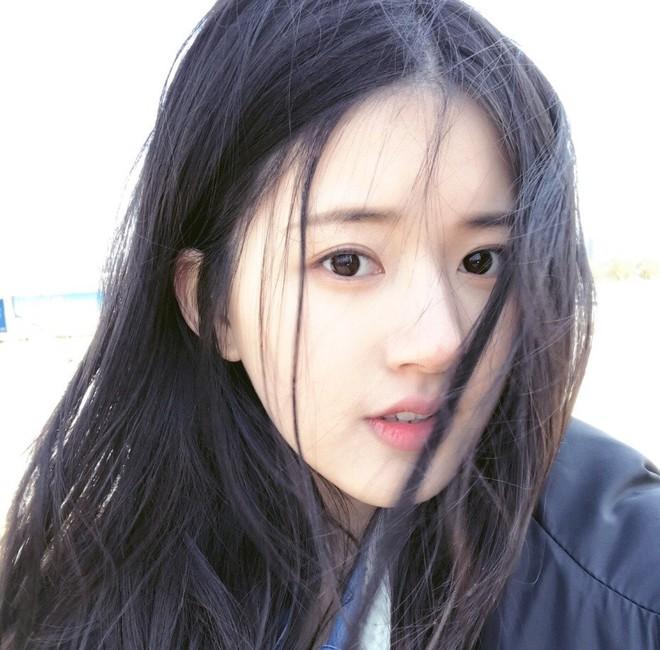 Cô bạn Trung Quốc với vẻ đẹp được ví như nắng sớm khiến người ta nhớ mãi không quên - Ảnh 7.