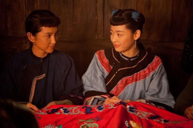 Đứng chung một khung hình, mĩ nhân Hoa - Hàn dìm nhau đến thế nào? - ảnh 10