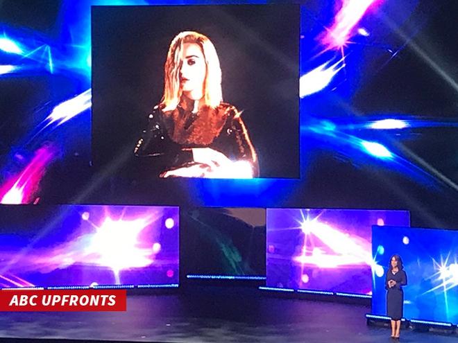 Vừa tái sinh, American Idol đã mời Katy Perry ngồi ghế nóng - Ảnh 1.