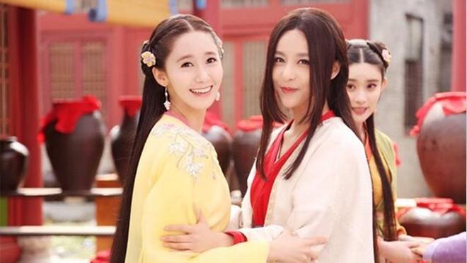 Đứng chung một khung hình, mĩ nhân Hoa - Hàn dìm nhau đến thế nào? - ảnh 1