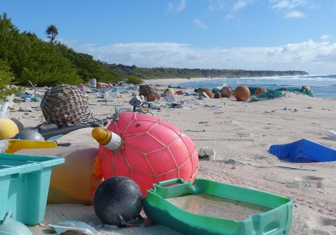 Hòn đảo xinh đẹp được UNESCO công nhận là Di sản Thế giới này đang phải hứng chịu gần 18 tấn rác thải - Ảnh 4.