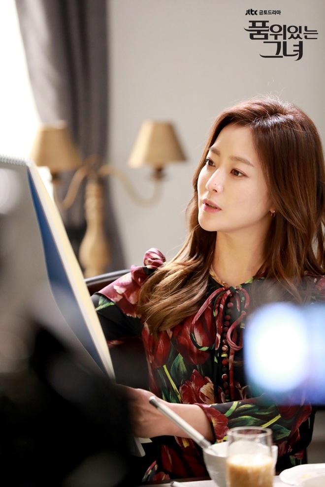 6 phim Hàn hiếm hoi sở hữu dàn sao nữ đẹp đến lặng người - Ảnh 6.