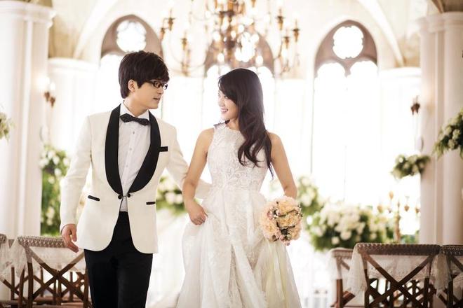 Cô dâu Vương Tiểu Vỹ xinh đẹp và dịu dàng bên chồng sắp cưới Vương Tiểu Hải