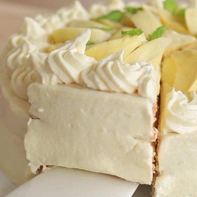 Fan của sầu riêng nhất định phải ăn thử chiếc bánh kem sầu riêng từ trong ra ngoài này - Ảnh 15.