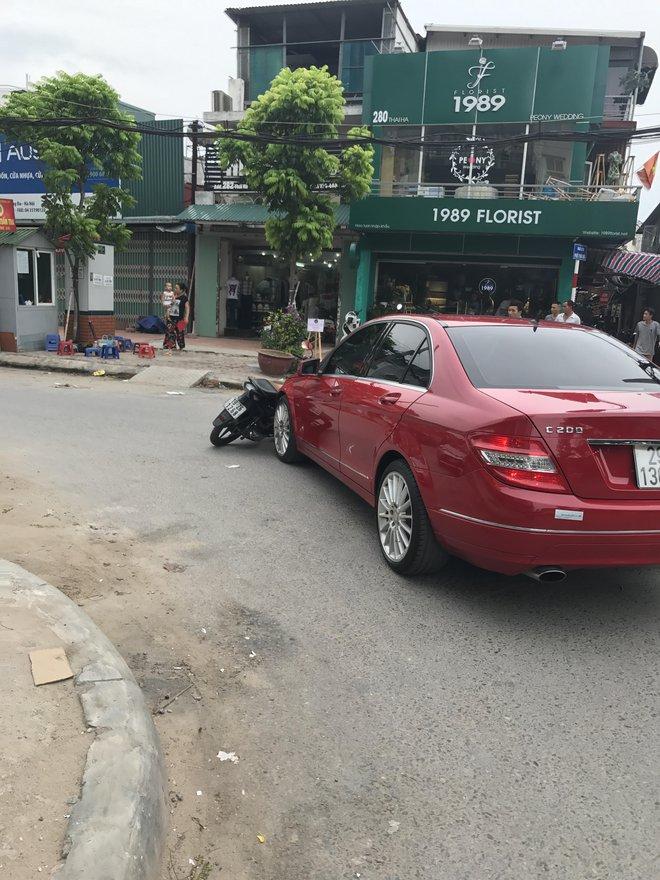 Rò rỉ hỉnh ảnh nghi vấn ca sĩ Châu Việt Cường đánh người sau va chạm giao thông - Ảnh 1.