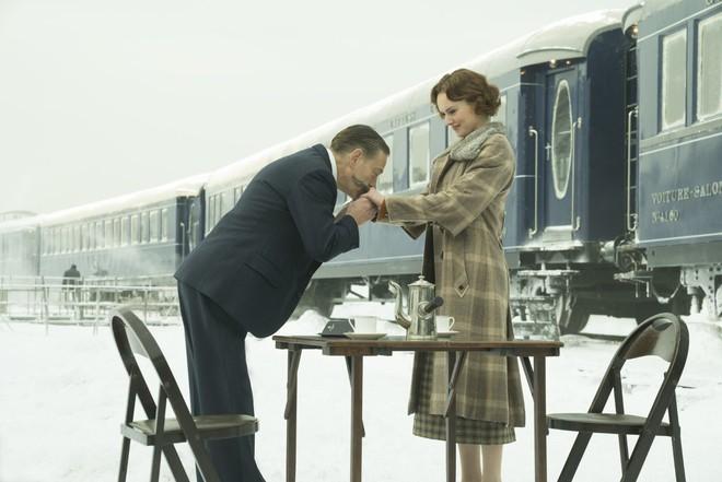 Phim rạp tháng 12: Đại tiệc thịnh soạn đủ thể loại phim hấp dẫn - Ảnh 2.