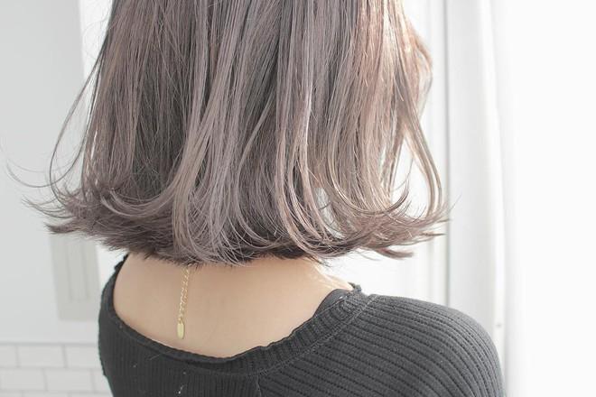 Muốn tóc hết chẻ ngọn trong mùa đông thì nên tuân thủ những nguyên tắc này - Ảnh 1.