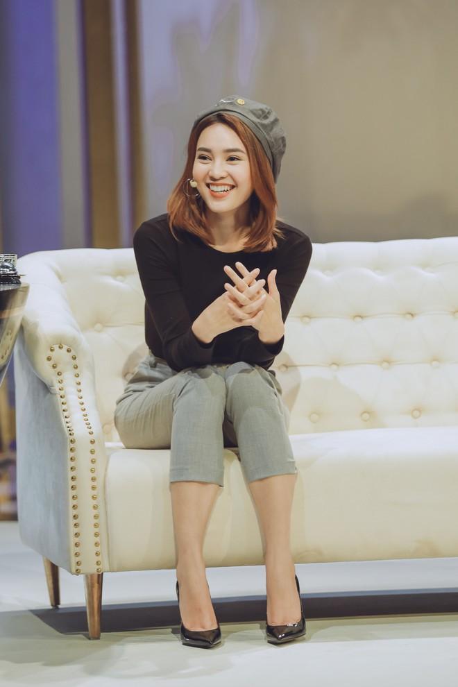 Cô Ba Sài Gòn Lan Ngọc kể về 2 mối tình trong showbiz: Tôi không có ý định kết hôn, chưa từng khóc kể cả khi chia tay - Ảnh 1.