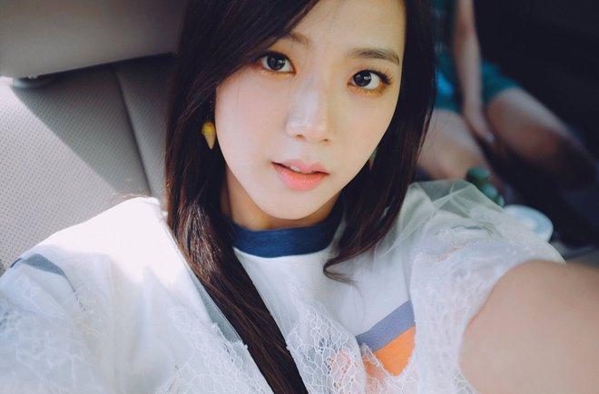 Mặc dòng đời xô đẩy, loạt idol Hàn vẫn chỉ trung thành với 4 phong cách makeup này - Ảnh 10.