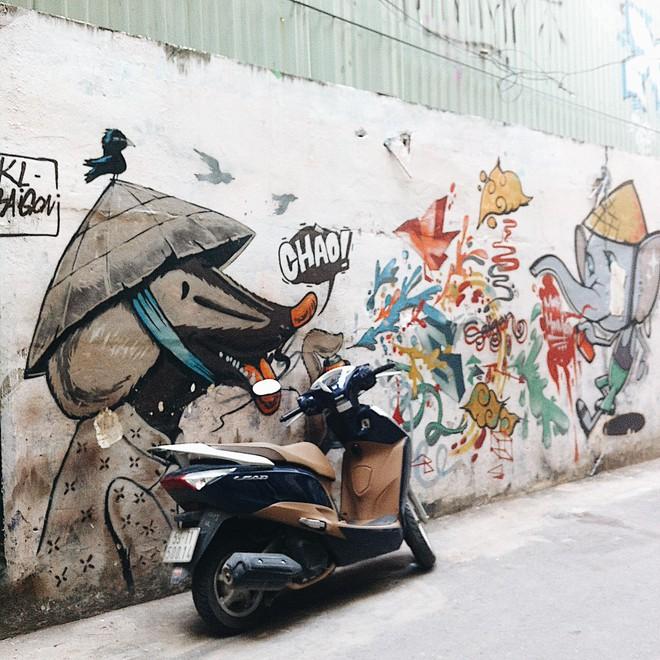 Những bức tranh tường đẹp hút hồn ở Sài Gòn mà không phải ai cũng thấy