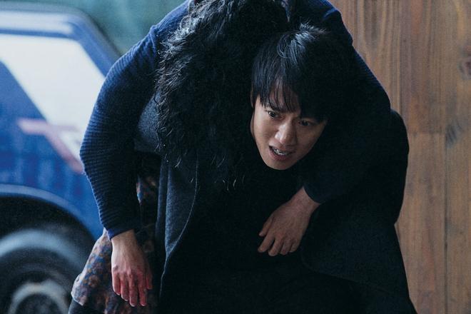 Điện ảnh Hàn tháng 10: Cuộc đổ bộ của loạt ông hoàng phòng vé - Ảnh 14.