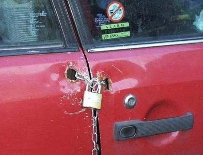 Những cách giữ của cẩn thận tới nỗi siêu trộm nhìn xong cũng thấy chán hẳn - Ảnh 5.