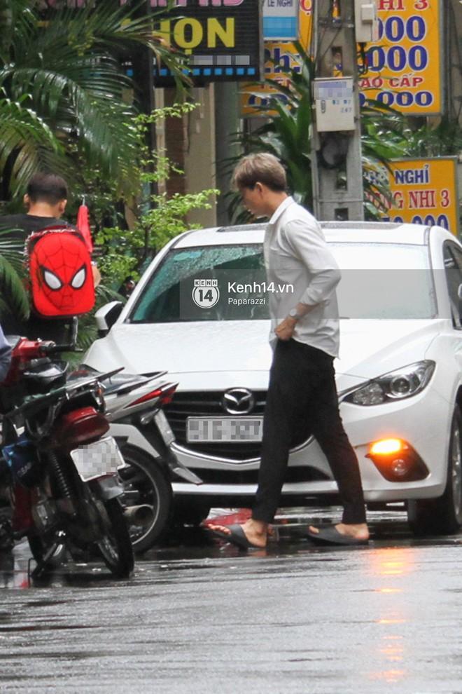 Độc quyền: Im lặng giữa tâm bão scandal, Trương Quỳnh Anh ở nhà chờ Tim đón con trai đi học về - Ảnh 10.