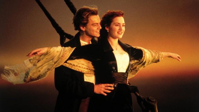 Sau 20 năm, siêu phẩm Titanic một lần nữa ám ảnh người xem khi tung ra đoạn phim bị cắt đầy bi thương - Ảnh 1.