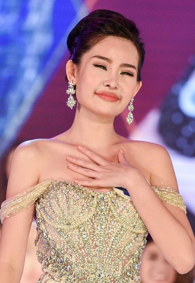 Cấp báo: Số lượng Hoa hậu đăng quang ngày hôm nay đã lên đến con số 7! - Ảnh 1.