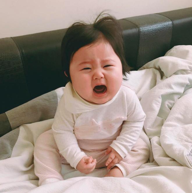 """Cặp má nhìn là muốn cắn của cô nhóc Hàn Quốc """"mặt bư"""" siêu cưng - Ảnh 10."""