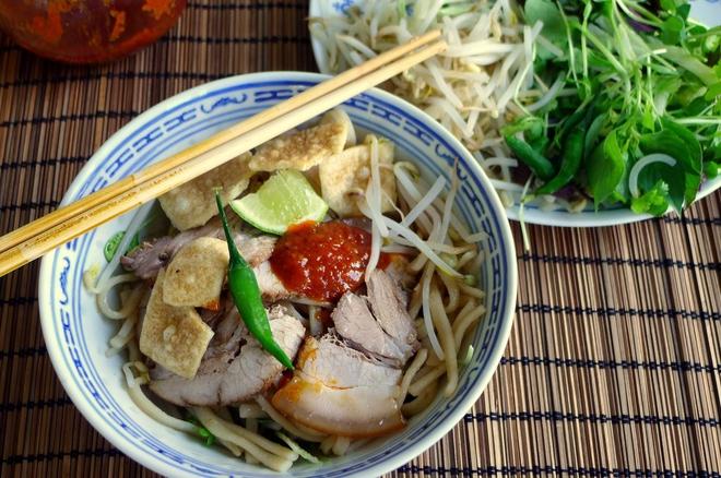 Top 15 món ăn Việt Nam được người Hàn Quốc yêu thích, trong đó có cả món ăn trong mâm cơm hàng ngày - Ảnh 1.