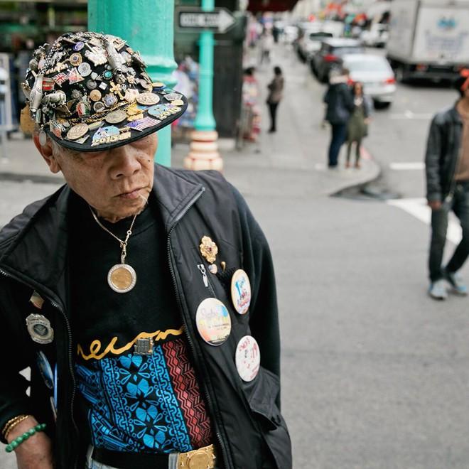 Không đăng hình giới trẻ, tài khoản Instagram này lại tôn vinh street style đi chợ của các cụ già và được hưởng ứng vô cùng - ảnh 17