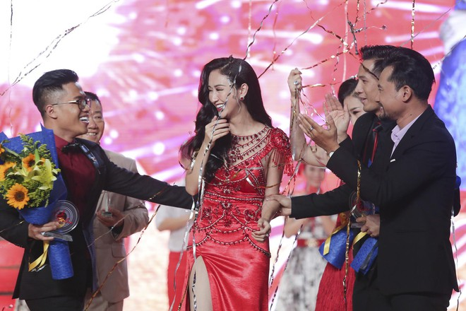 Trở về từ Miss Earth, Hà Thu xuất sắc lên ngôi Quán quân Tình Bolero - Ảnh 1.