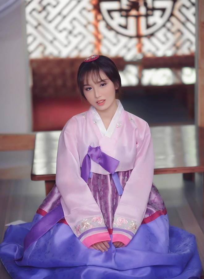 """Đây là cô gái mà cư dân mạng xôn xao sẽ trở thành """"đối thủ"""" của Linh Ka - Ảnh 5."""