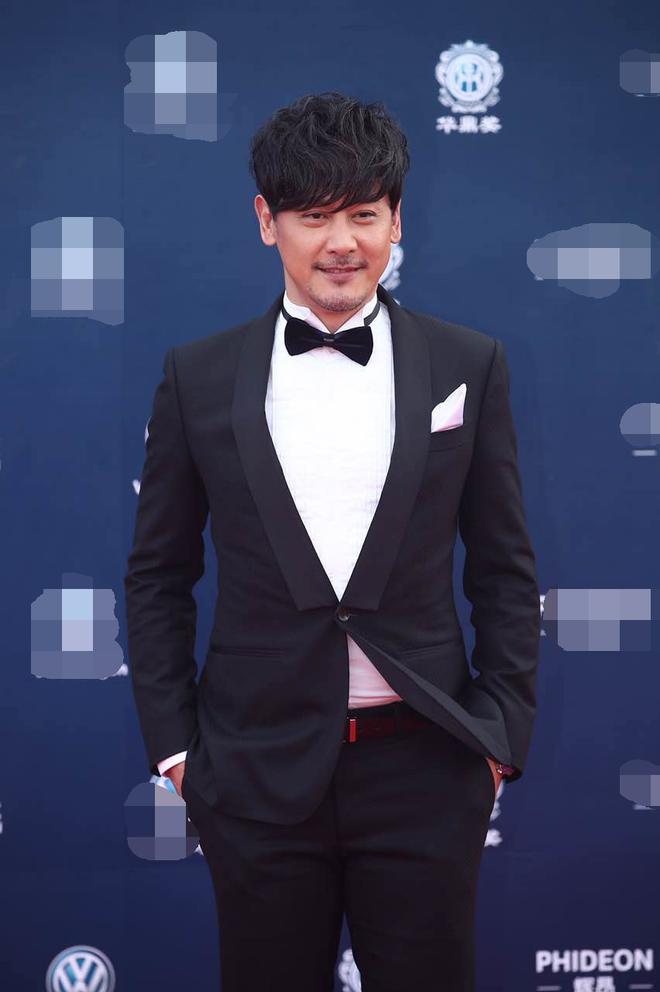 Thảm đỏ Hoa Đỉnh 2017: Chân gầy khẳng khiu, Đường Yên vẫn cân dàn mỹ nhân Cbiz nhờ nhan sắc ngọt ngào - Ảnh 12.